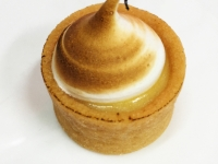 lemon-meringue-tartlet
